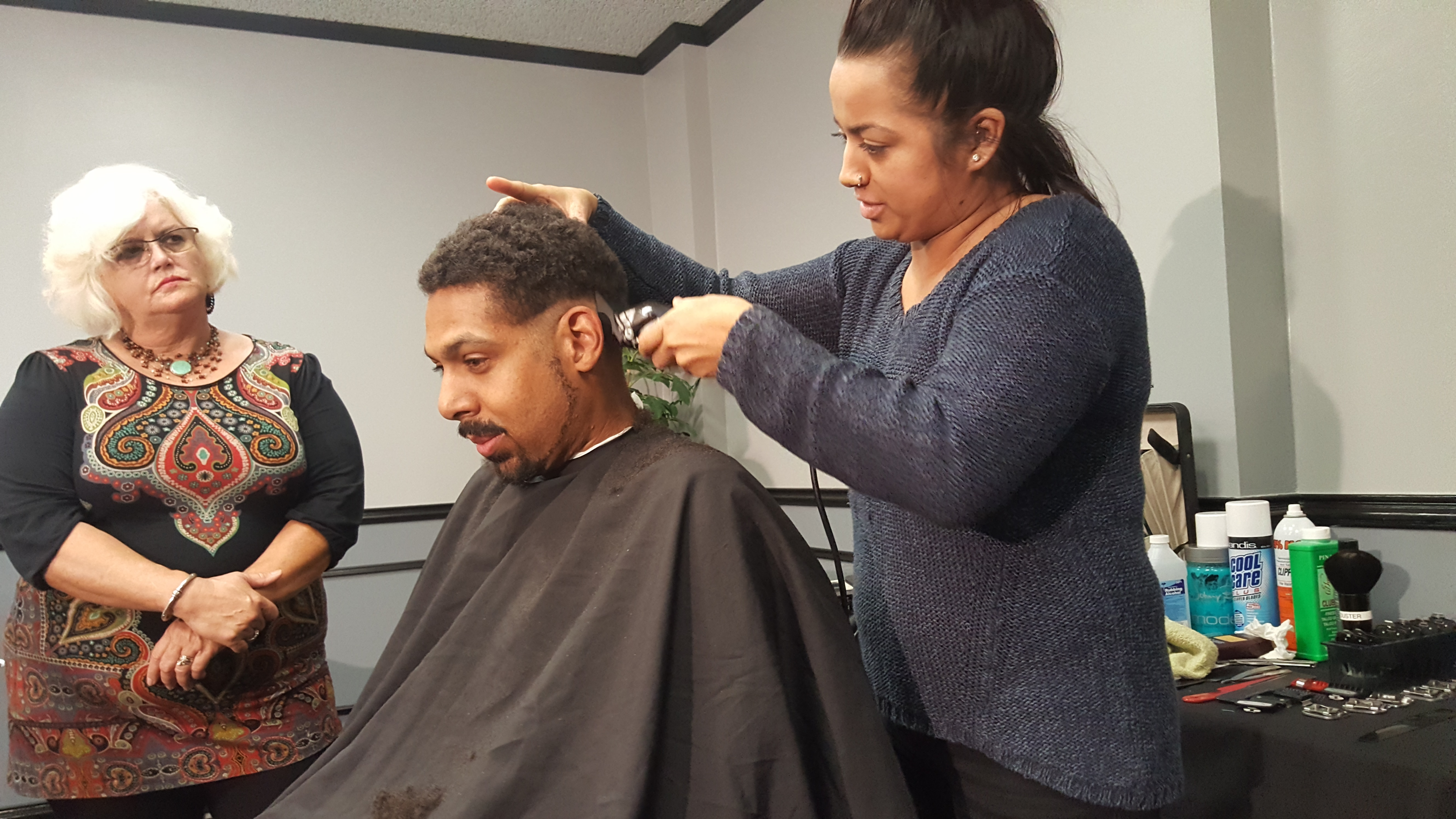 hands on barbering  class for cosmetologists